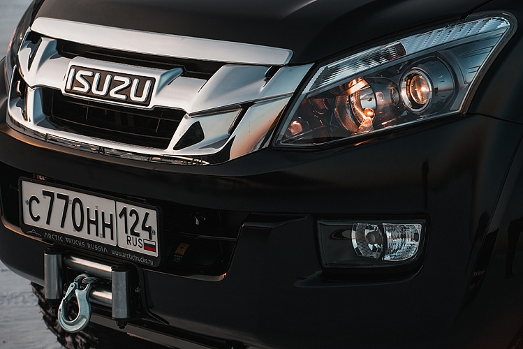 Пикап ISUZU D-Max Arctic Trucks AT35